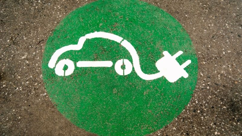 AEA, FreeWire Technologies Unveil Alaska's First Ultrafast Electric Vehicle Charging Station